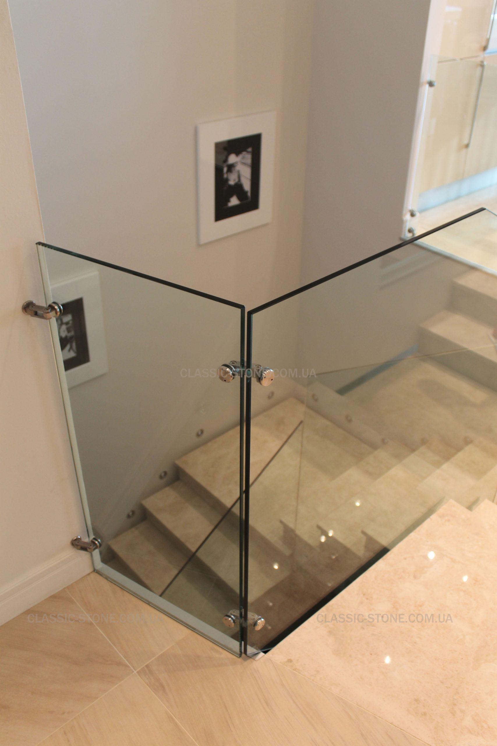Готовая лестница из мрамора