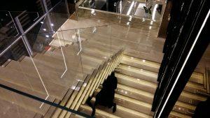 Лестница из мрамора под заказ
